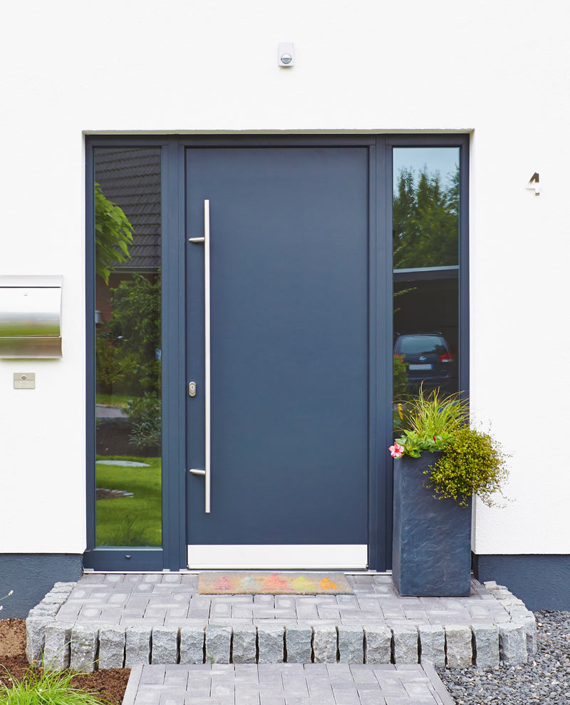 & HBI vinyl front doors with FRP profile cores
